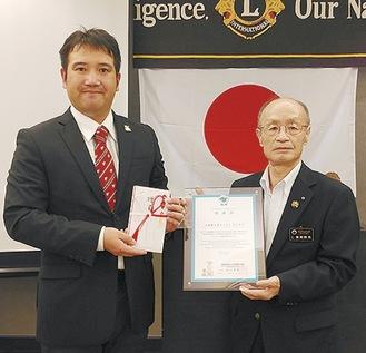 柴原会長(右)と中村さん