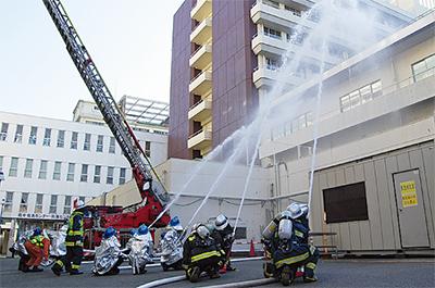 大病院で消防訓練
