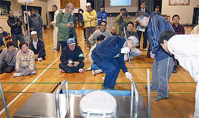 区初の防災宿泊訓練