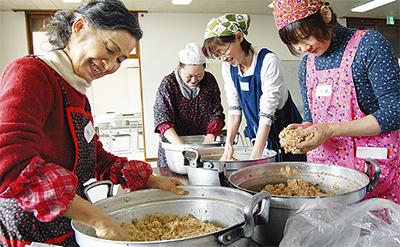 地産大豆で味噌づくり