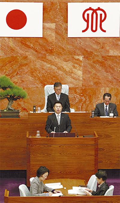 県議会代表質問 黒岩知事と論戦