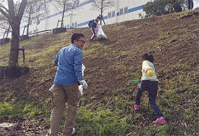 親子で地域美化散歩