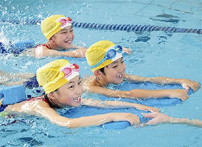夏の短期水泳教室、受付開始