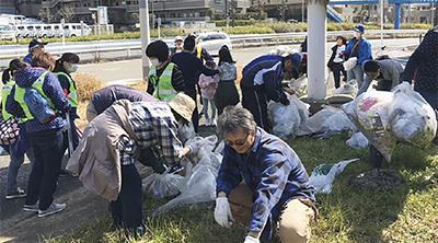 35袋のゴミを回収