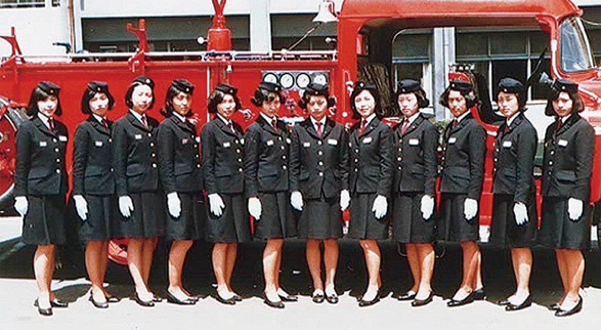 全国初、女性採用から50年