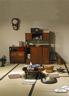 昭和30年ごろの茶の間風景の再現(市民ミュージアム提供)