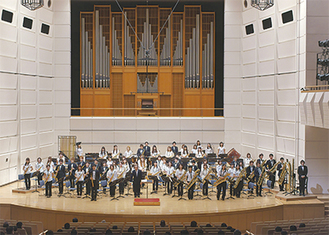 多くの聴衆が来場した「サクソフォーンオーケストラ冬の演奏会」