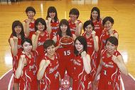 女子バスケ試合に招待