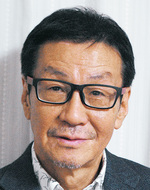 東 賢太郎さん