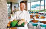「(地場野菜の)調理法はなるべくシンプルに」と古谷店長