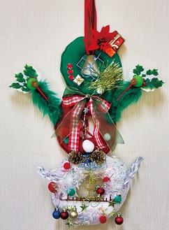 当日は3つの丸を組み合わせたクリスマスリースを作れる
