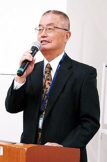 基調講演の講師を務める岡本恭信氏