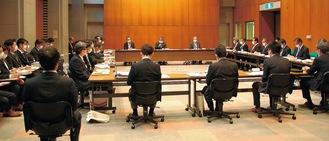 市の関係部局で構成される検証委員会