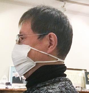 耳にかけずにマスクを装着できる
