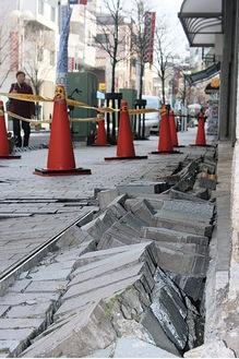 今からちょうど10年前、東日本大震災の時には県内各所の通学路なども大きなダメージを受けた