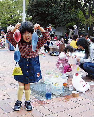 避難所の子どもを遊びで支援