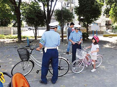 若手中心に交通安全普及
