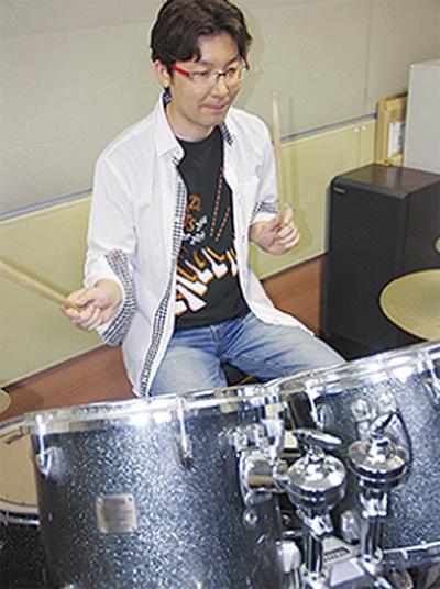 中高年のドラム教室