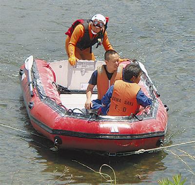 水難救助など訓練徹底