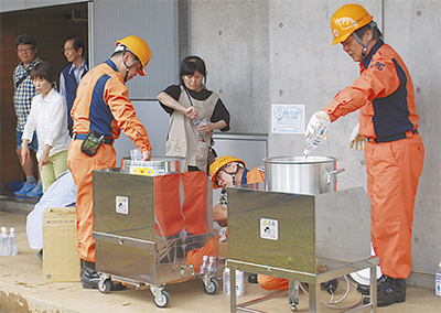 初の避難所設置訓練