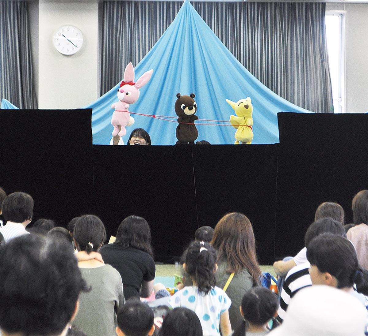 人形劇で多世代が交流