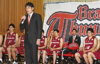 開幕前、抱負を語る川崎の北卓也ヘッドコーチ