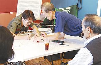 カフェバーで開かれた作曲講座(昨年10月)