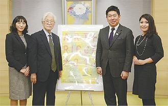 福田紀彦市長に概要を報告(右から丹呉さん、福田市長、佐藤実行委員長、八木橋さん)