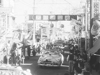 サイトでは、川崎の歴史を感じさせる映像を公開中=市提供
