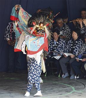菅獅子舞保存会(今年5月)