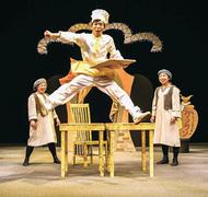 稽古場でオペラ公演