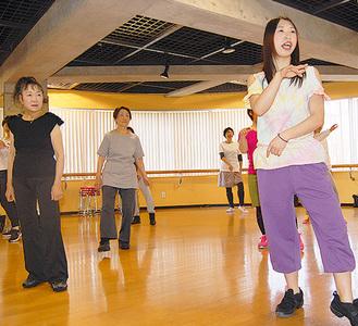 過去に開かれた講座のダンスシェイプ教室