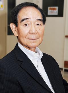 ●…川崎生田ライオンズクラブの2019-20年度の会長。自治省勤務や大学教授を経て、2001年から川崎市長を3期12年務めた。75歳、中野島在住。