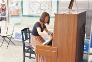 街角ピアノ、川崎駅前に