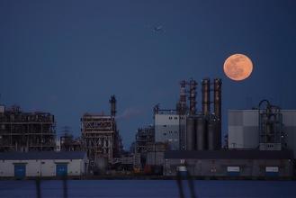 最優秀賞・木村則子さんの作品「水江に月昇る」=川崎区西水江