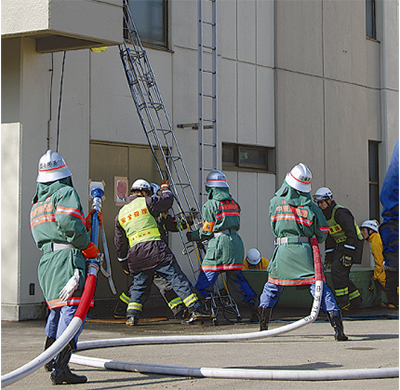 消防団と初合同訓練
