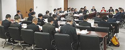 総務委・市民委が連合審査