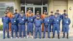 現地の救助隊員と派遣メンバー