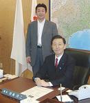 田島県議長と議長室で(当時)