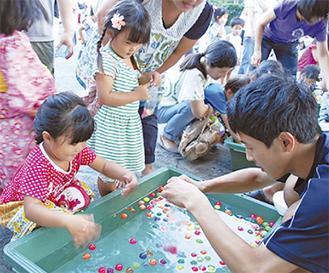 地域の子どもの為学生も協力