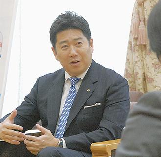 今年の重点施策を語る福田市長