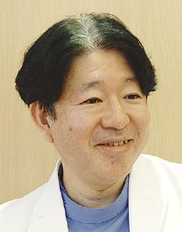 穏和な笑顔の田村院長