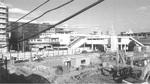 中原図書館が入る「東急スクエア」の建設前の様子。正面は武蔵小杉駅。左端は小杉ビルディング。(平成21年撮影/羽田猛著「中原街道と武蔵小杉」より)