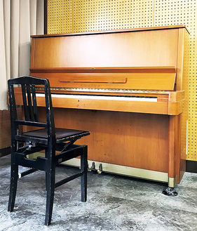 教育文化会館で使われたピアノを活用