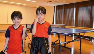 自宅マンションでの練習後の柚貴さん(右)と桜馬君