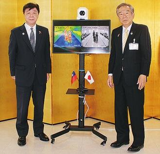 林代表(左)と原組合長