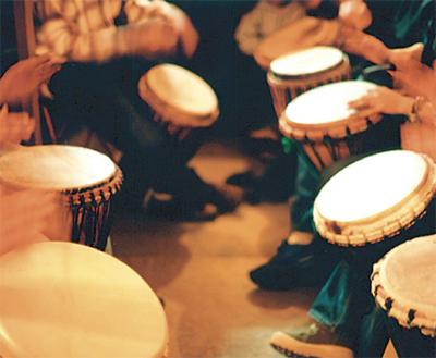 アフリカ太鼓が復活