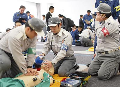 救急隊の技術向上を