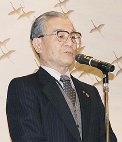 廣山会長が銅賞を報告