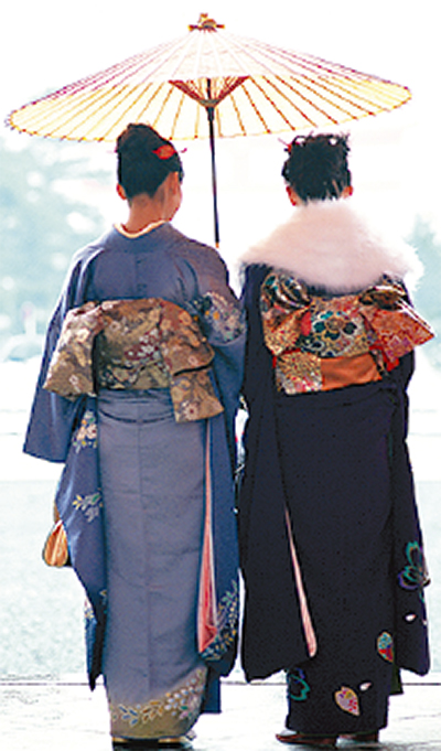 着物姿で川崎の街を